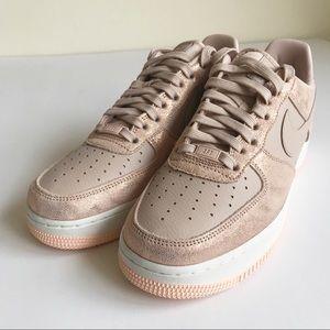 NWT Nike Air Force 1 Premium